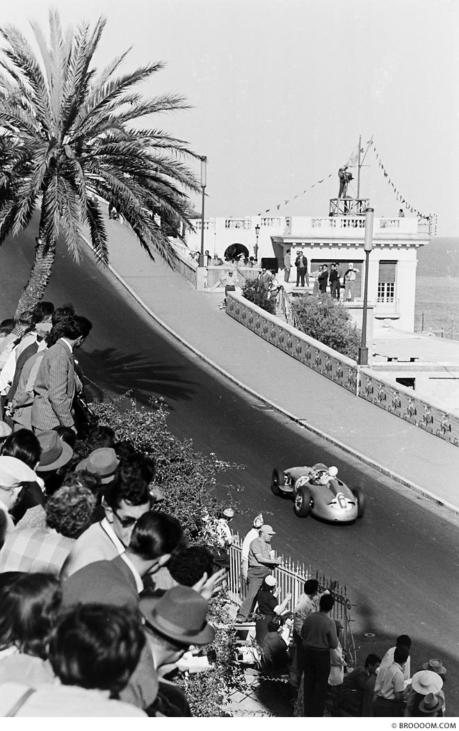 Stirling Moss, Monaco 1955 - III